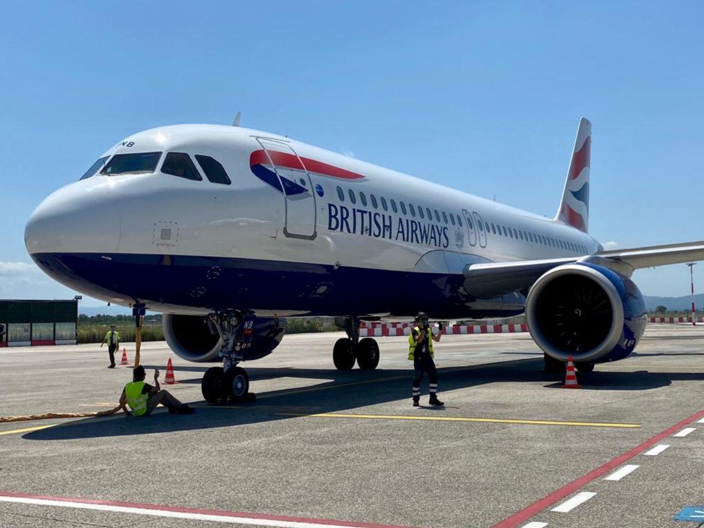 British Airways torna a decollare dall'aeroporto di Pisa e celebra il cinquantesimo anniversario della presenza della compagnia al Galilei
