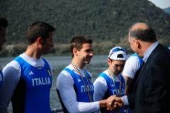 Alberto Dini, Neri Muccini e Jacopo Mancini premiati dal presidente federale Giuseppe Abbagnale