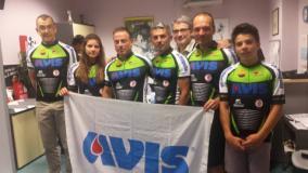"""Emergenza sangue: Avis Scarperia & San Piero a Sieve risponde portando i ciclisti dei """"Ferri Taglienti"""""""