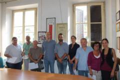firma convenzione lavoro - al centro il vicesindaco Dei, il sindaco Cucini, assessore Conforti
