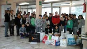 Gli studenti della scuola media Montanelli Petrarca