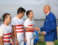 Damiano Di Iorio premiato dal consigliere federale e sei volte azzurro olimpico Rossano Galtarossa ai Campionati Italiani 2015