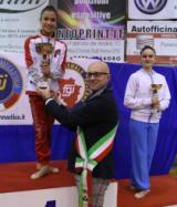 Il sindaco Spinelli alle premiazioni dei campionati interregionali di ginnastica ritmica