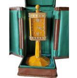 Curioso orologio a forma di ciborio all'asta a Firenze
