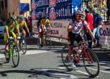 Ciclisti al Trofeo Matteotti
