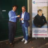 Nuovo appartamento per la Fondazione Bacciotti, il sindaco Nardella consegna le chiavi al presidente  (Foto Fonte Facebook Nardella)