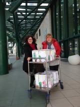 consegna libri ospedale Empoli (ph comunicato)