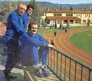 """: Coverciano (Firenze), 1974. Alessandro """"Sandro"""" Mazzola (in primo piano), il commissario tecnico Ferruccio Valcareggi (in secondo piano) e Fabio Capello (sullo sfondo) - Wikipedia"""