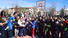 Street basket nel giardino di via Zipoli