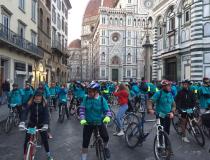 SunriseBike Ride-Bicincitta' in Piazza Duomo a Firenze