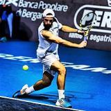 Matteo Trevisan in azione - foto dal profilo fb del tennista