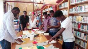 I colori del mediterraneo nei libri realizzati dai migranti artigiani a San Casciano