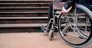 barriere-architettoniche-disabili ph comunicato
